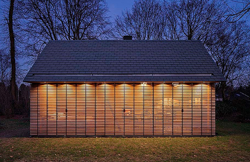 The movable shutters can be shut during the evenings when privacy is required.